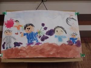 園児が描いた芋ほりのイラストは宝物として飾ってます